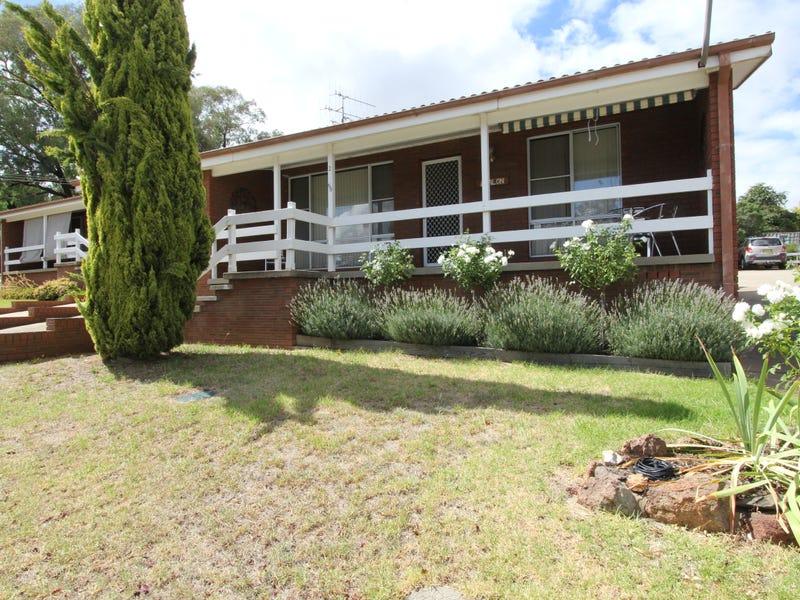 2/68 Meehan St., Yass, NSW 2582