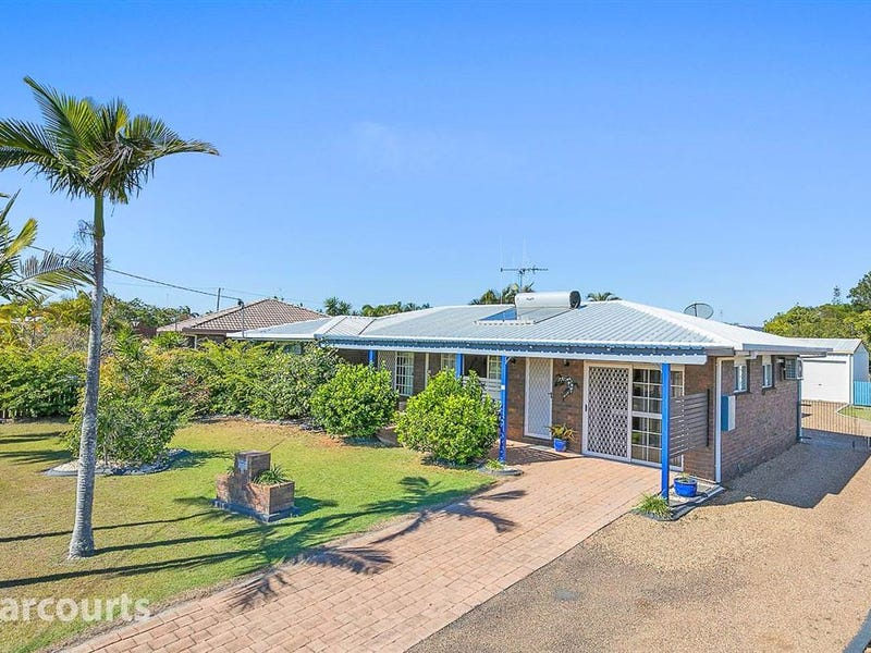 11 Paul Drive, Point Vernon, Qld 4655