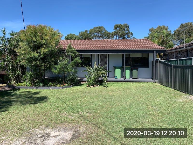 15 Chisholm Avenue, Lake Munmorah, NSW 2259