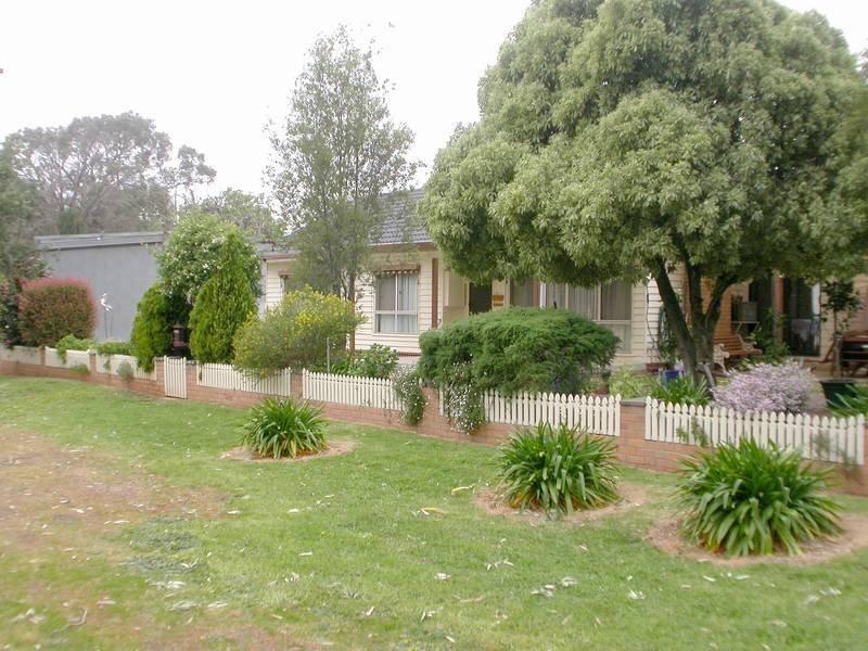 9 Lodge Street, Bacchus Marsh, Vic 3340