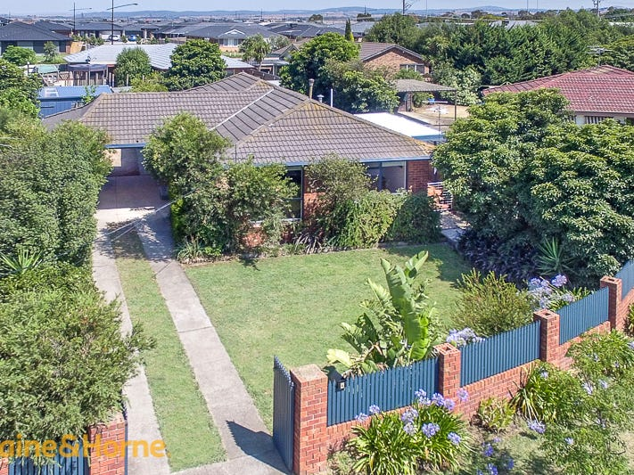4 Miners Court, Diggers Rest, Vic 3427