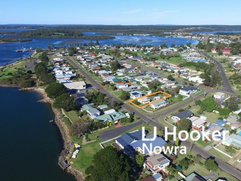 54 Adelaide Street, Greenwell Point, NSW 2540