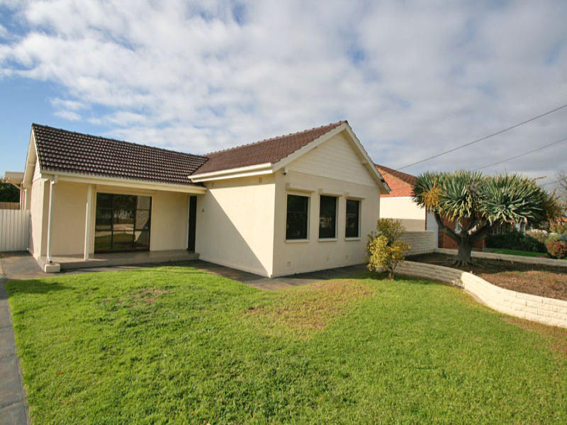 43 Hurstfield Terrace, Findon, SA 5023