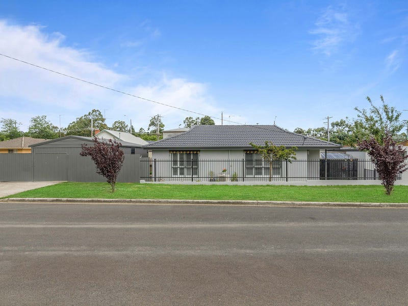 4/301 Main Road, Golden Point, Vic 3350
