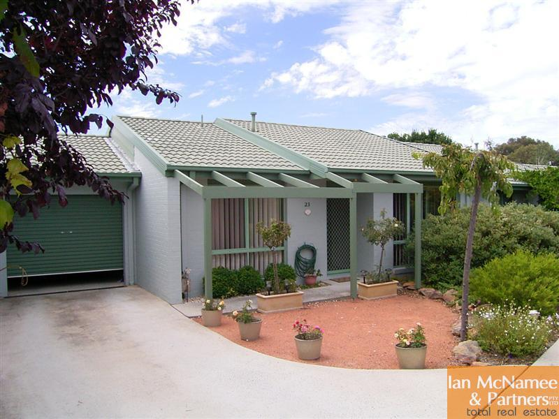 23/4 Redwood Avenue, Jerrabomberra, NSW 2619