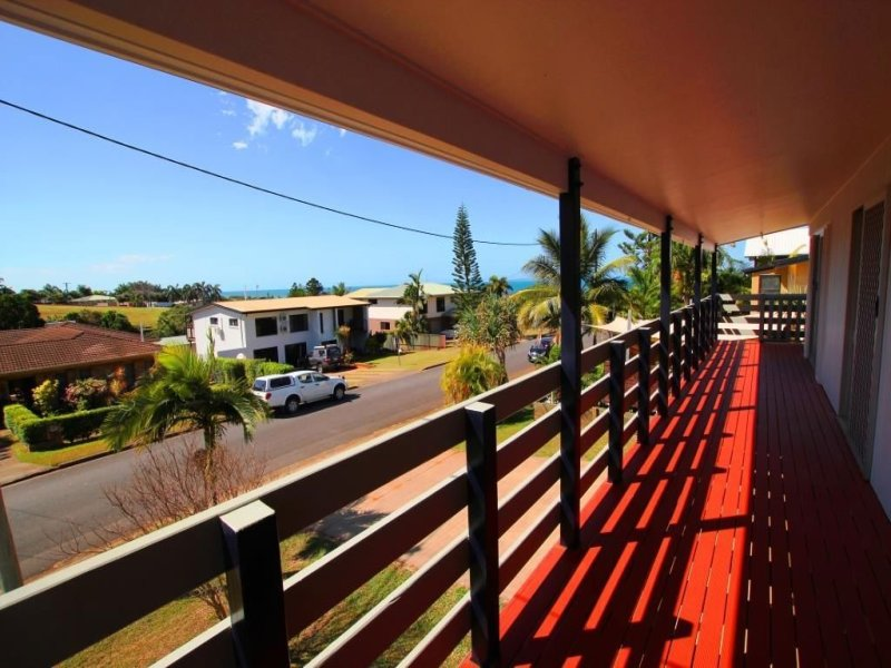 10 Found Street, Meikleville Hill, Qld 4703
