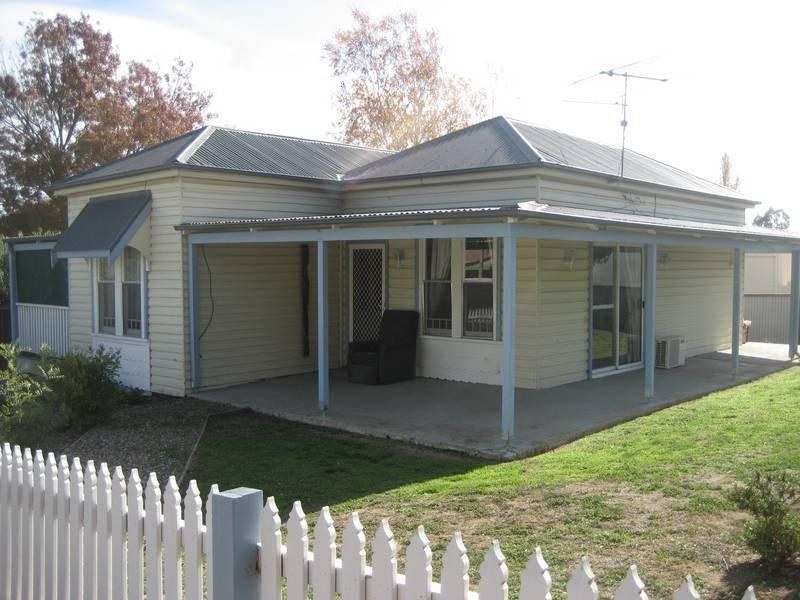 101 Binalong Street, Murrumburrah, NSW 2587