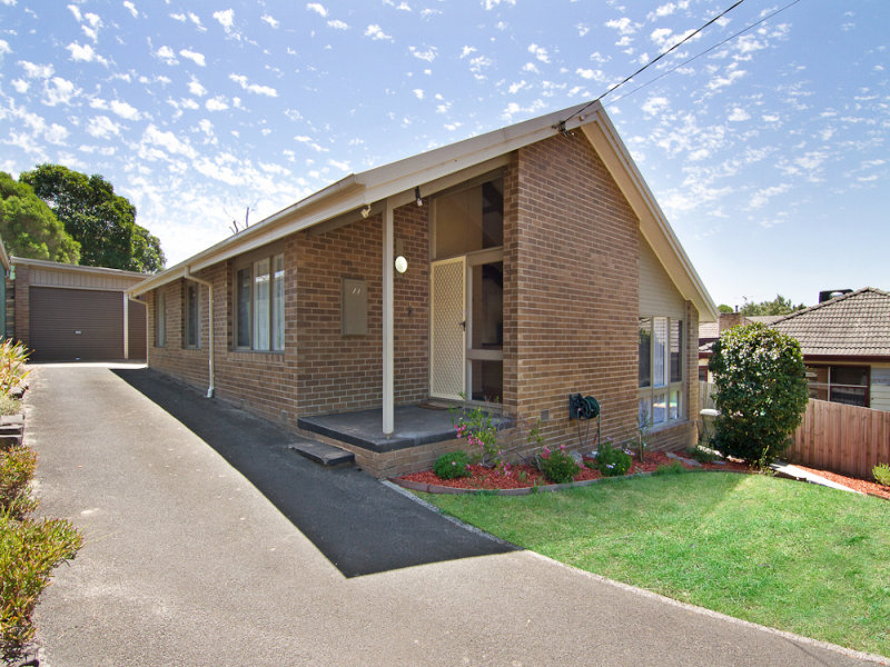 11 Kareela Road, Frankston, Vic 3199
