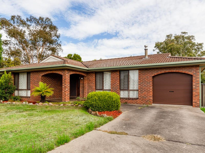2 Evans Close, Lithgow, NSW 2790