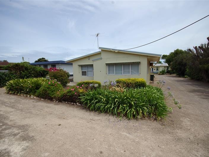 4 Oyster Point Drive, Stansbury