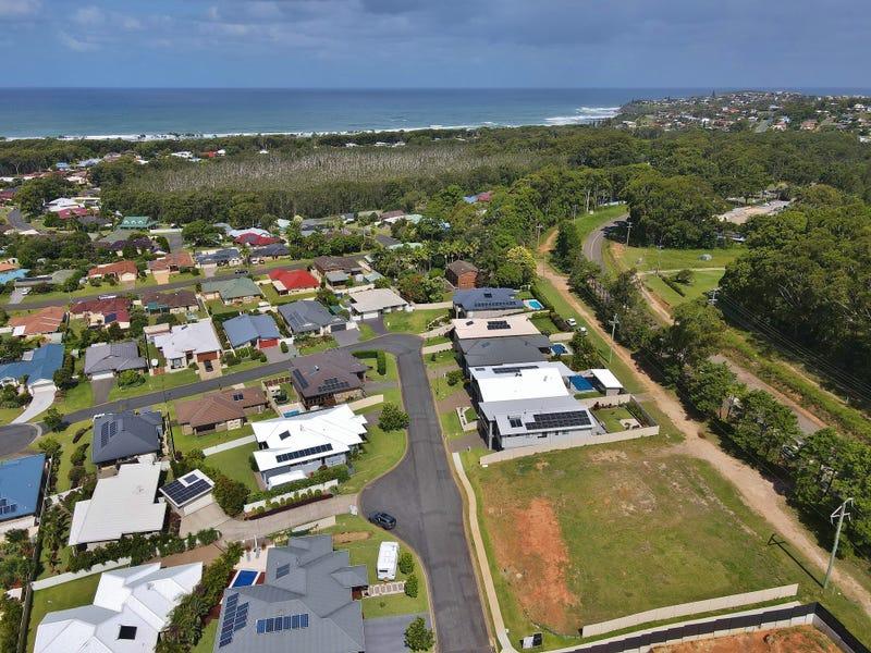 31-35 St Lucia Place, Bonny Hills, NSW 2445