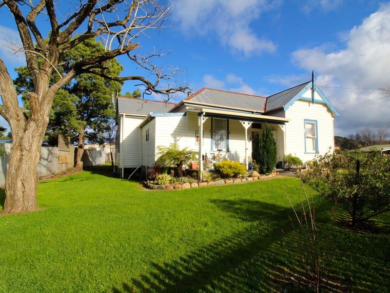 11 Wilson Street, Zeehan, Tas 7469