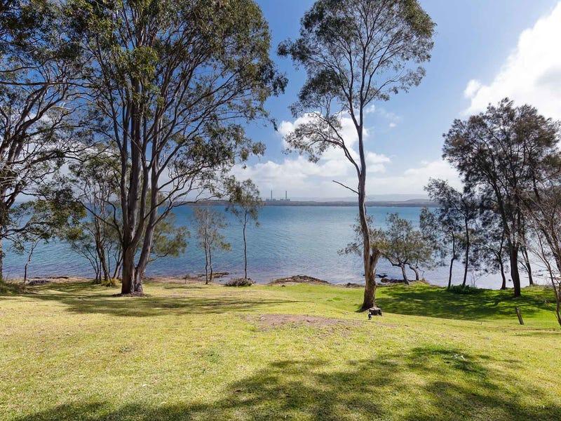 106 Beach Road, Wangi Wangi, NSW 2267