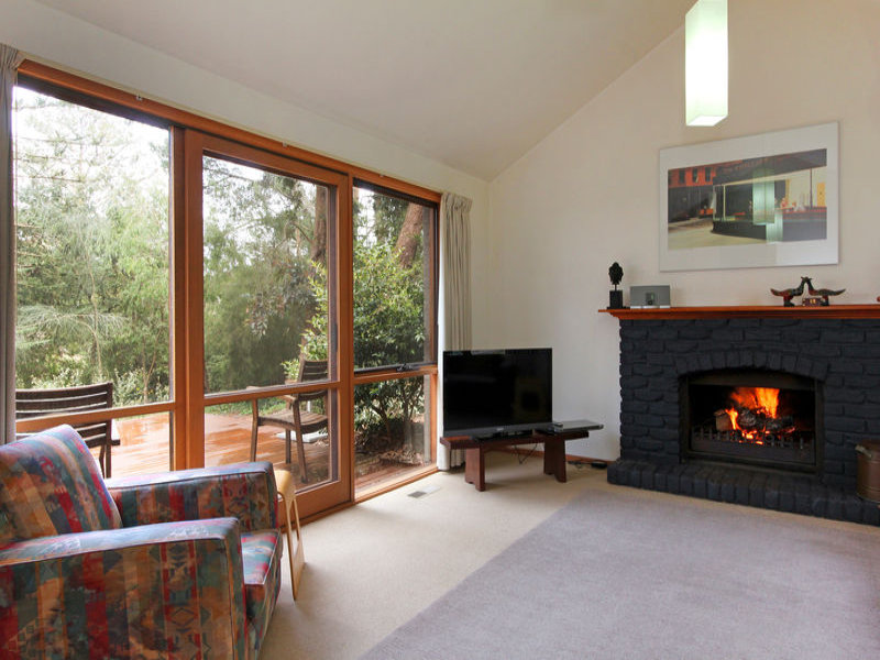 33a Kilburn Grove, Mount Martha, Vic 3934