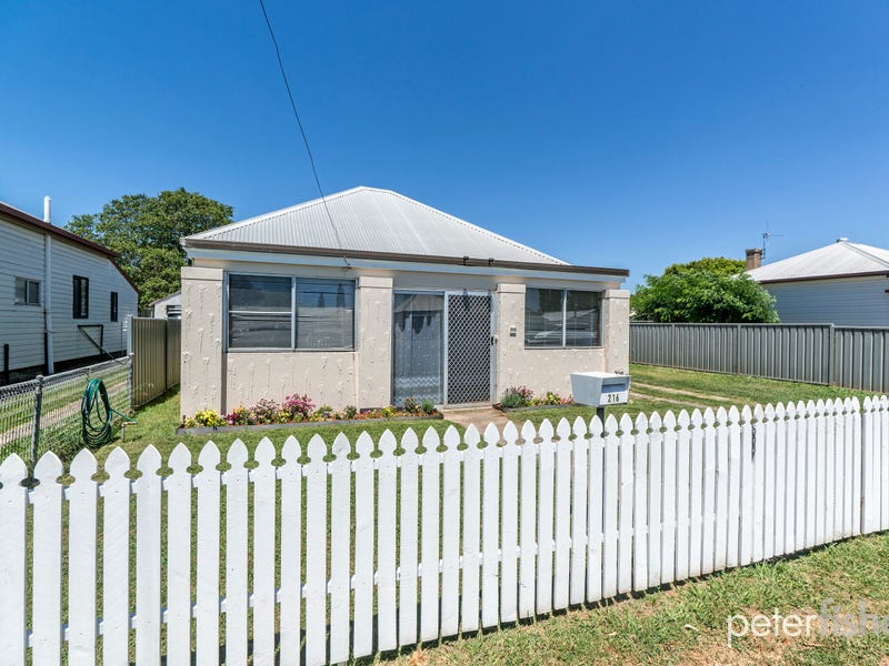 216 McLachlan Street, Orange, NSW 2800