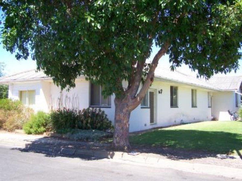 4 Portland Street, Penola, SA 5277