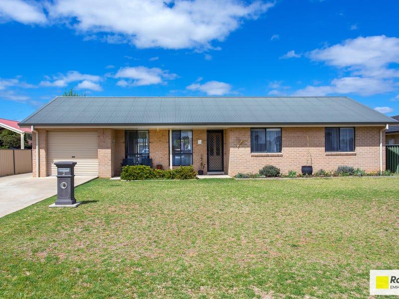 2 Mirage Drive, Cowra, NSW 2794
