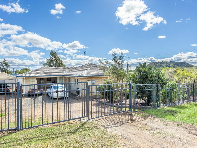 1 Binnie Street, Greenmount, Qld 4359