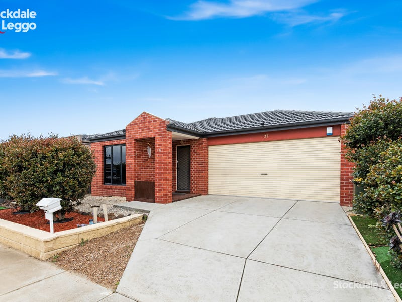 37 Clematis Crescent, Manor Lakes, Vic 3024
