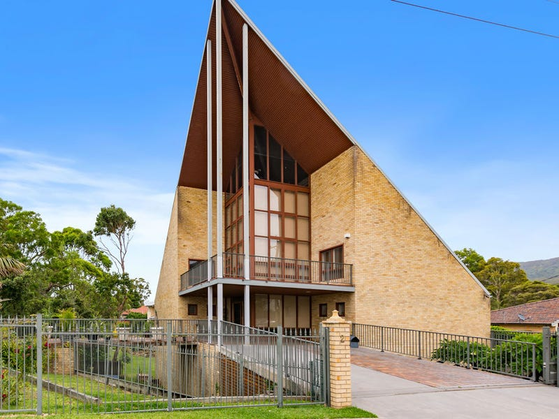 2 Lachlan Street, Thirroul, NSW 2515