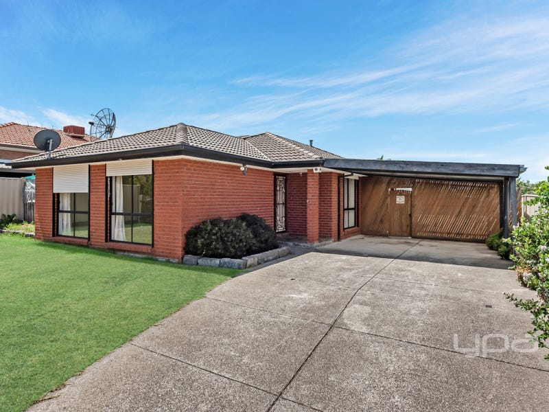 67 Mitchell Crescent, Meadow Heights, Vic 3048