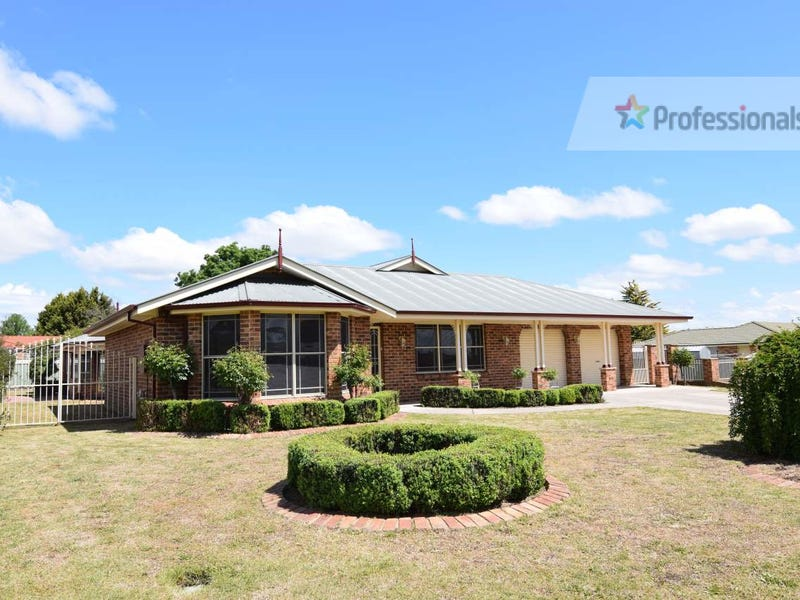 4 Charles Place, Kelso, NSW 2795