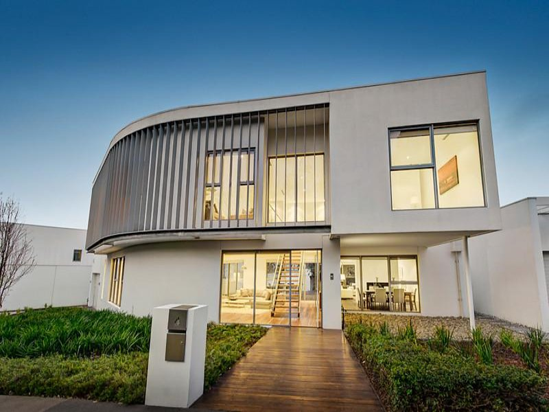 4 Lower Drive, Kew, Vic 3101 - Property Details