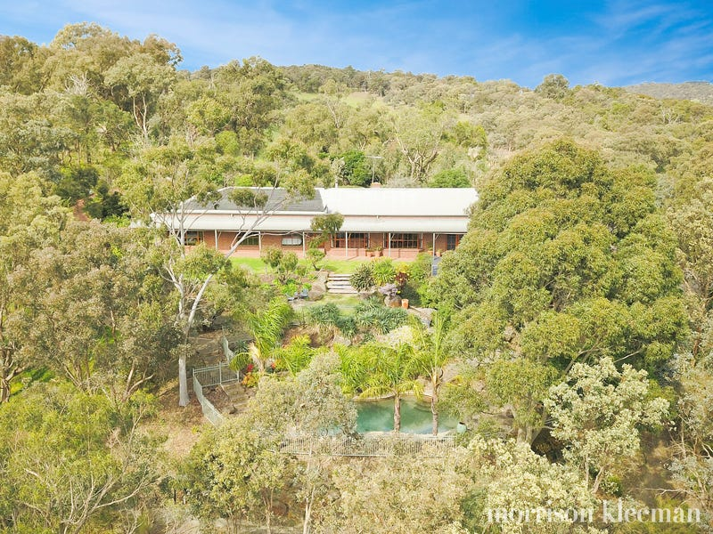 16 Valley Rd, Wattle Glen, Vic 3096