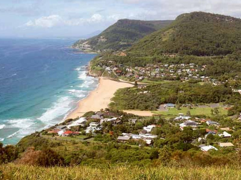 2 Maxwell Cres, Stanwell Park