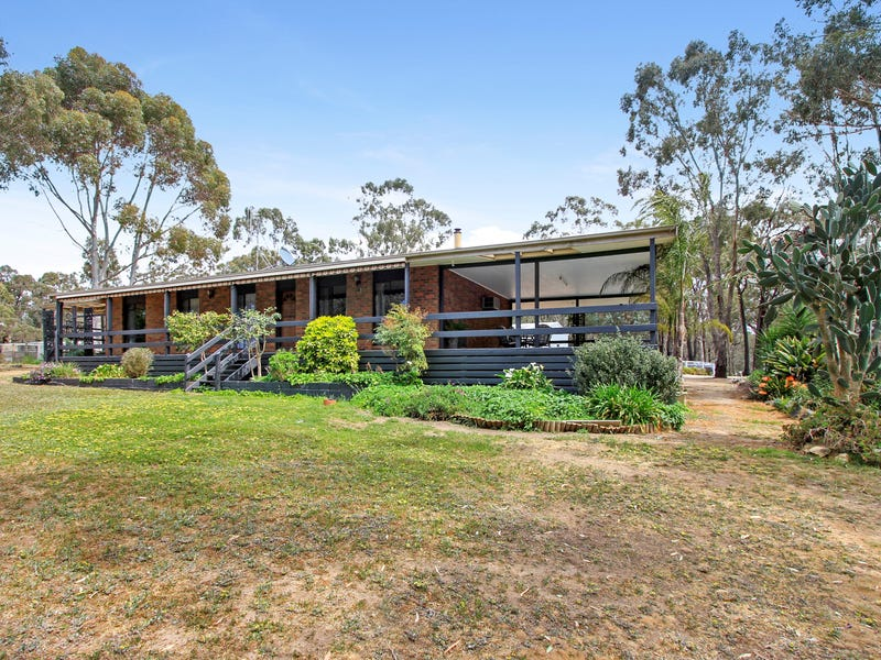 9 Romano Court, Heathcote, Vic 3523