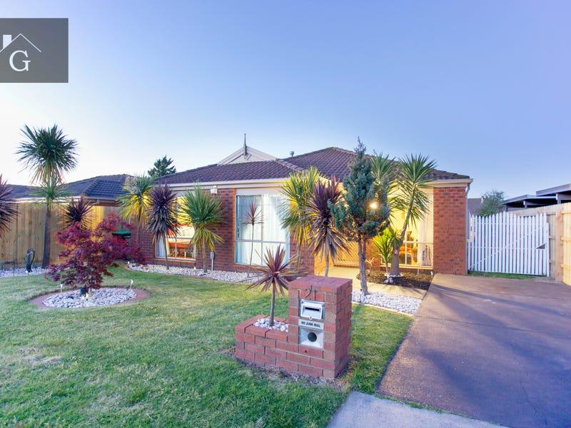 21 Broome Crescent, Cranbourne North, Vic 3977
