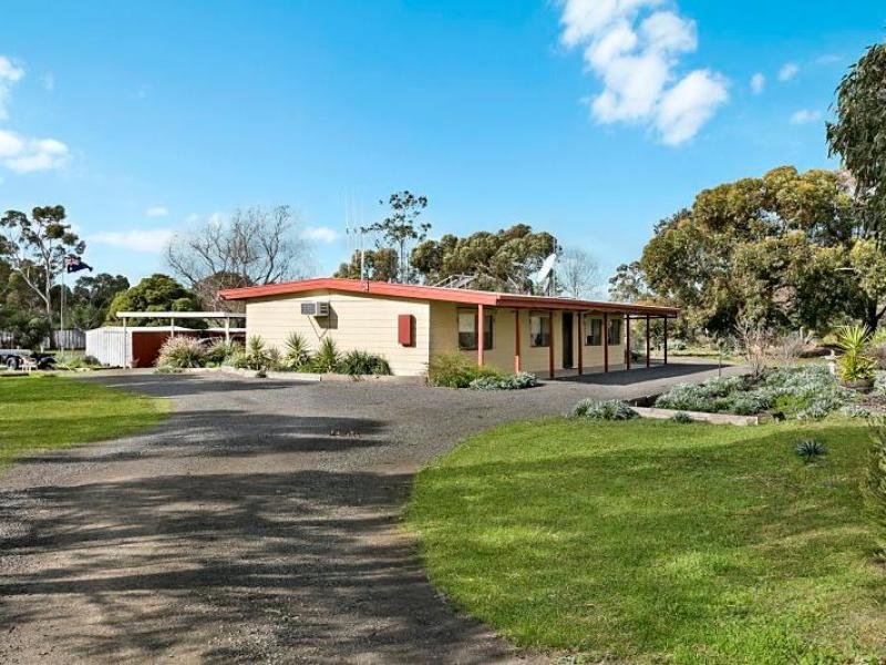 12 Railway Court, Knowsley, Vic 3523