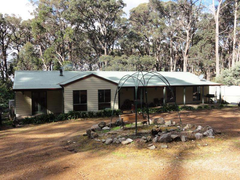 20 Long Ryans Road, Benloch, Vic 3435