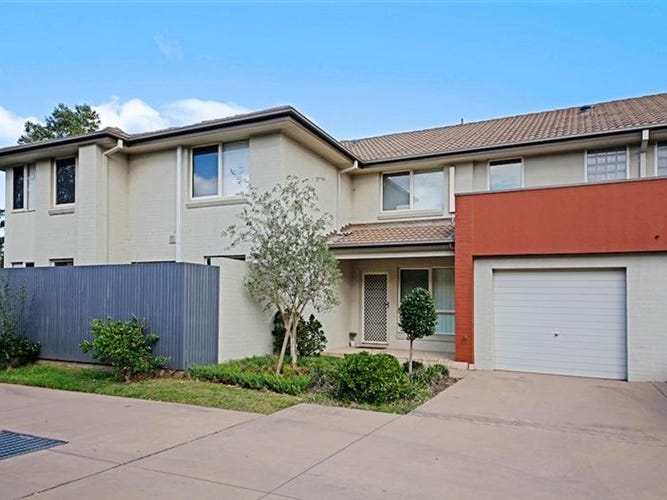 35 Morningside Pde, Holsworthy, NSW 2173