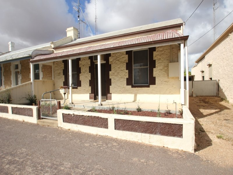 9 Robert Street, Moonta, SA 5558