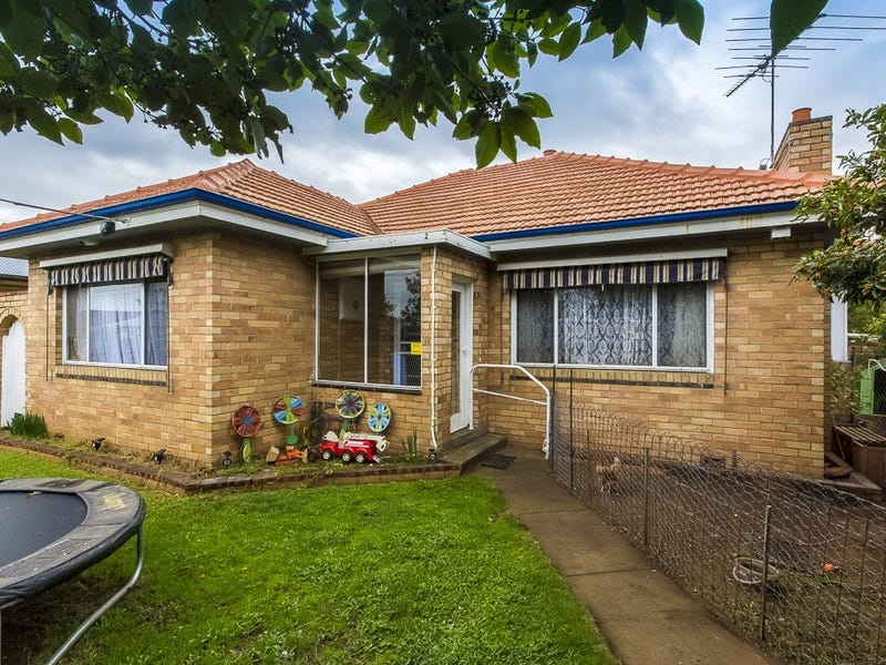 2 Walsgott Street, North Geelong, Vic 3215