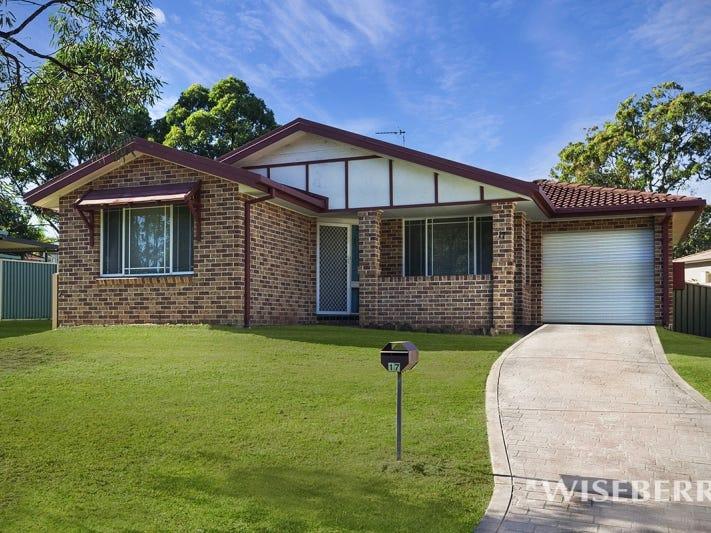 17 Gavin Way, Lake Haven, NSW 2263