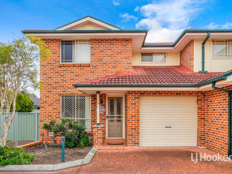 9/32 Lovegrove Drive, Quakers Hill, NSW 2763