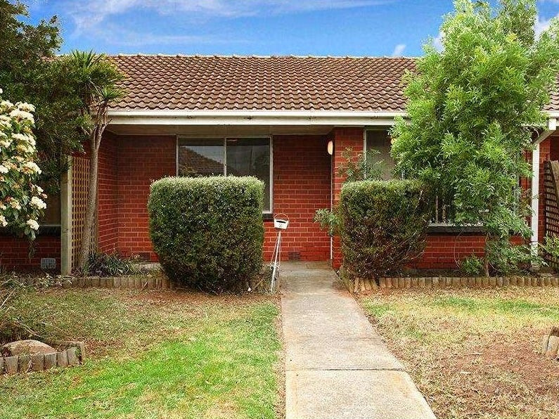 2/149 Alma Avenue, Laverton, Vic 3028