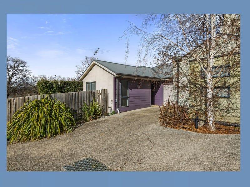 4/1-5 Rodney St, Gisborne, Vic 3437