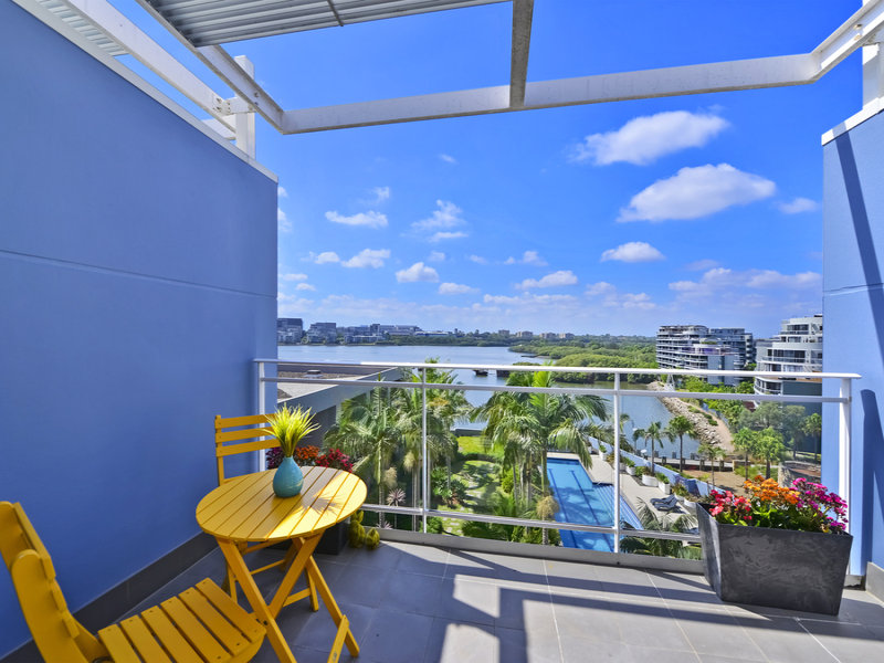 683/4 The Crescent, Wentworth Point, NSW 2127