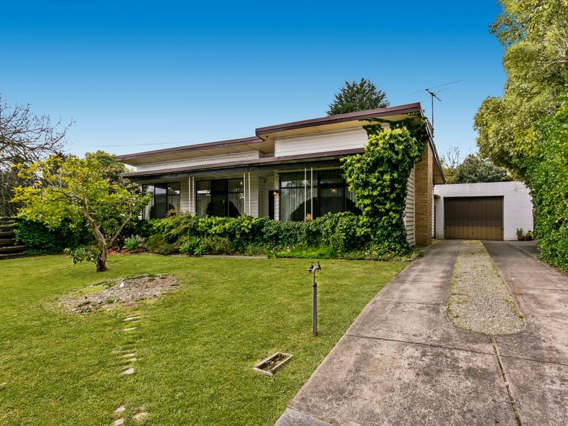 16 Burlock Avenue, Ringwood North, Vic 3134