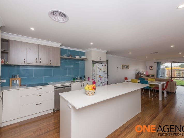 5 Willesee Rise, Coombs, ACT 2611