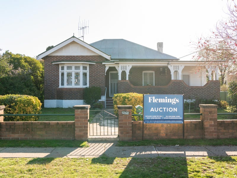 68 Marsden Street, Boorowa, NSW 2586