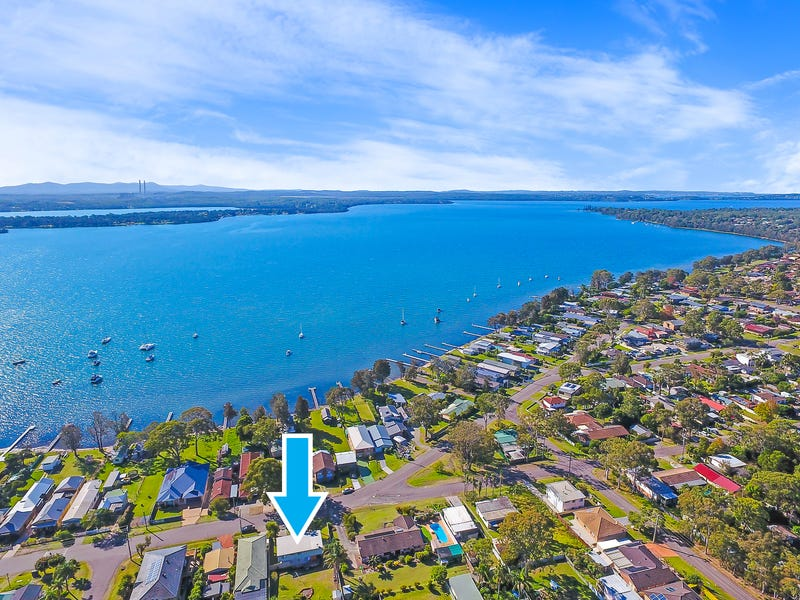 118 Grand Parade, Bonnells Bay, NSW 2264