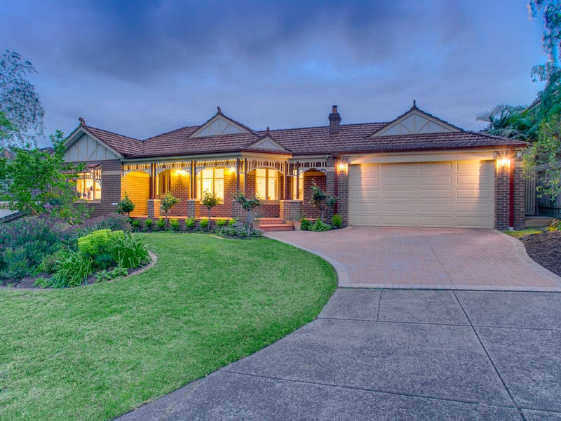 27 Barnsdale Way, Ringwood North, Vic 3134