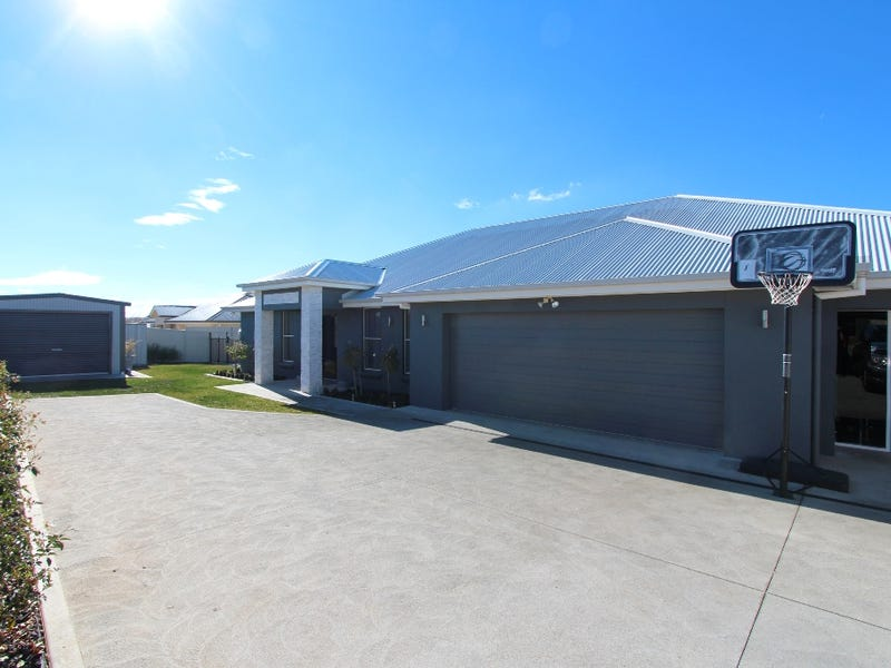 22 Cheviot Drive, Kelso, NSW 2795