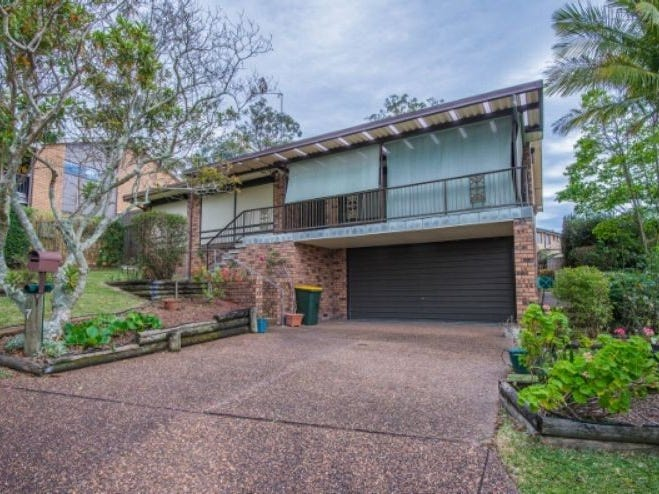7 Parklea Avenue, Croudace Bay, NSW 2280