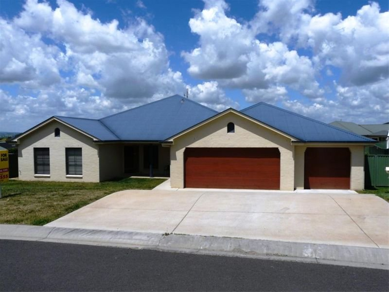 15 Federation Drive, Kelso, NSW 2795