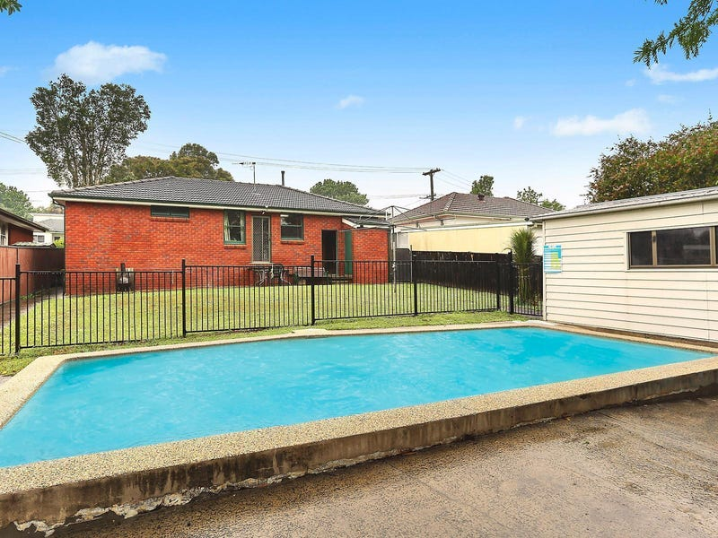 39 Wollybutt Road, Engadine, NSW 2233